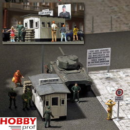 Border Crossing »Checkpoint Charlie«.