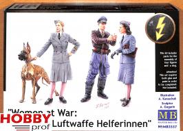 "Master Box-LTD #3557 ""Women at War: Germany, Luftwaffe Helferinnen"""
